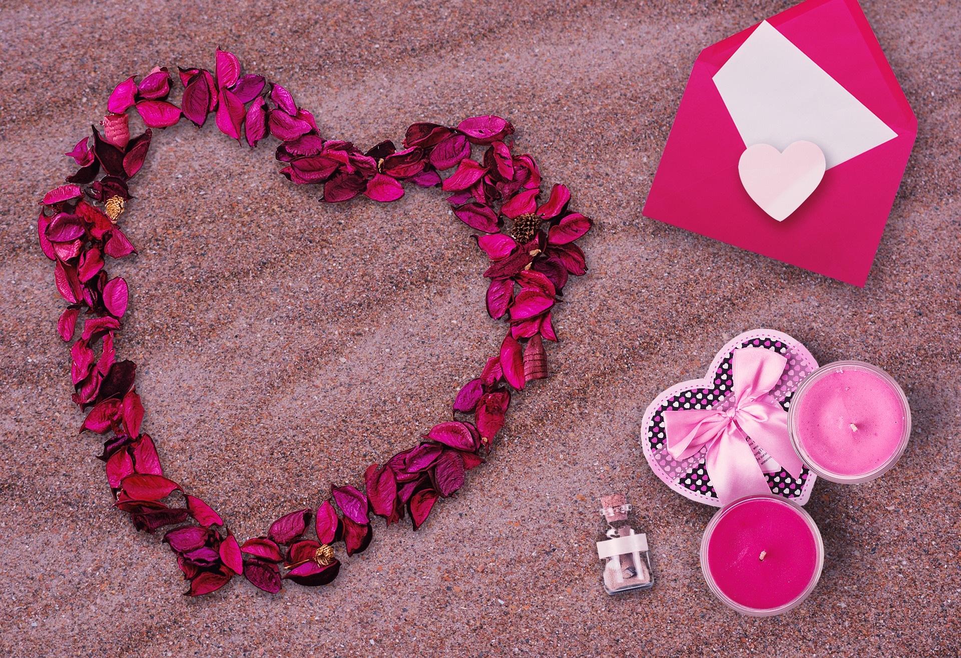beach flowers pink petals sand wedding
