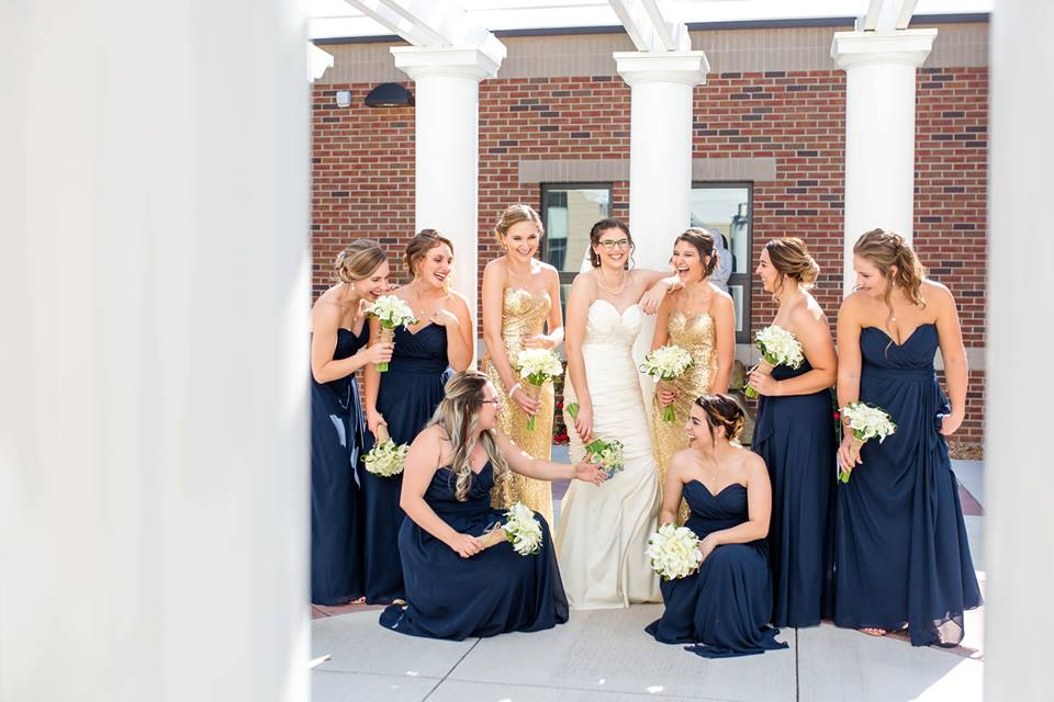bride and bridesmaids gold and navy pittsburgh wedding calla lilies